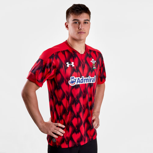 a9567b6fb40 Under Armour Wales WRU 2018/19 Home Rugby 7s Replica S/S Jersey, €59.00
